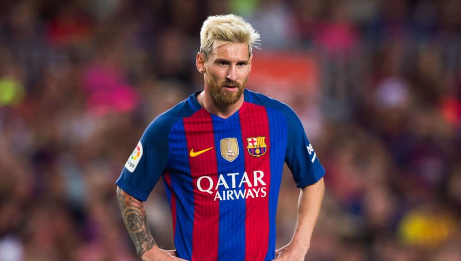 BARCELONA, SPAIN - AUGUST 10: Lionel Messi of FC Barcelona looks on during the Joan Gamper trophy match between FC Barcelona and UC Sampdoria at Camp Nou on August 10, 2016 in Barcelona, Spain. (Photo by Alex Caparros/Getty Images)